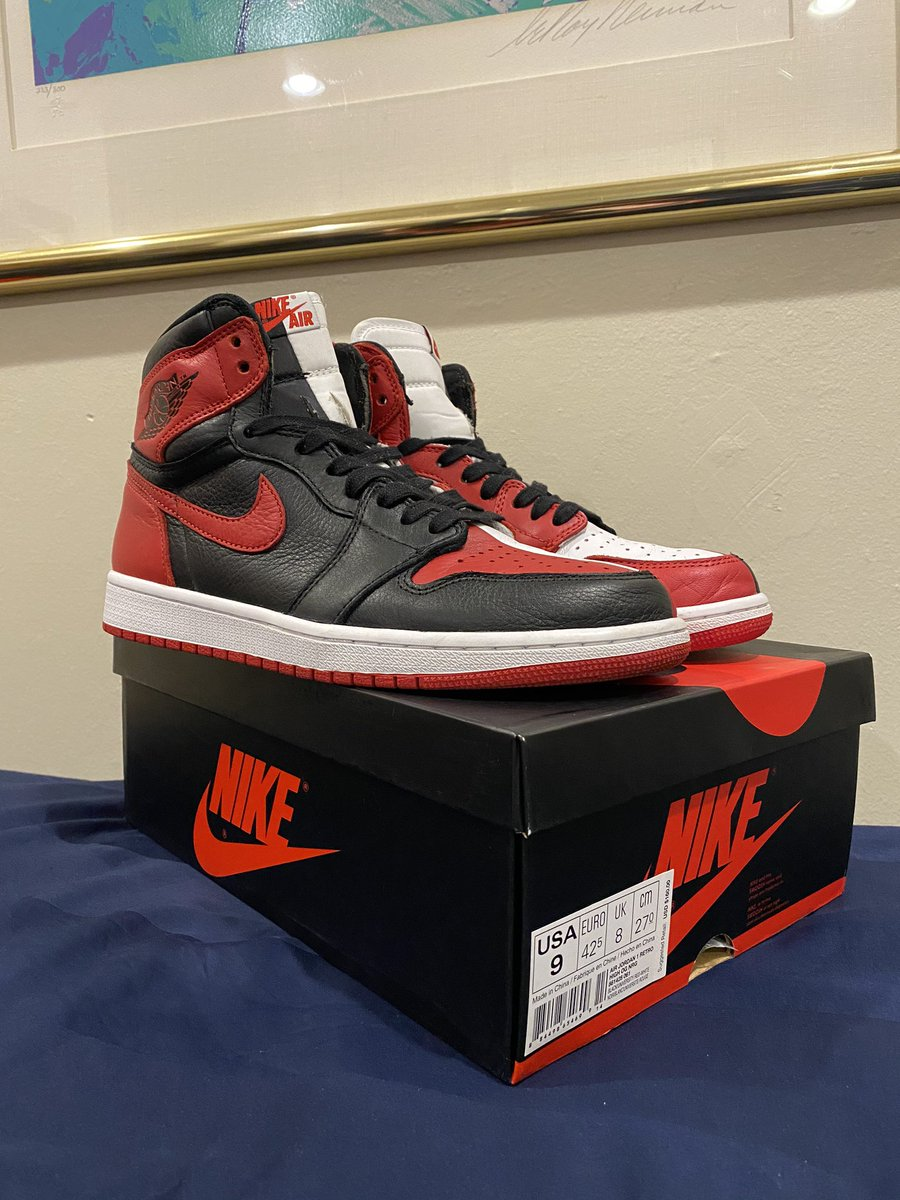 For sale! Size 9 homage to home (non-numbered pair) 9/10 condo OG ALL, only has dirty bottom, can be cleaned. Uppers are perfect with minimal creasing! I'd say worn 3 times max. Looking for $380. (Zelle/Venmo) please RT! DM if you need any more pics! pic.twitter.com/g5lb66pfeo