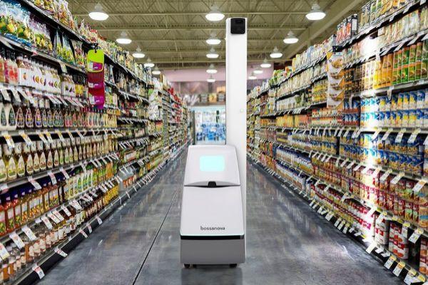 #TechTuesday: La revolución 4.0 de la Industria, o incluso estando ya en la 5.0 que defienden los gurús más puristas del sector tecnológico, llama también a las puertas de los supermercados. #CoolTech #Robotica #Bossanova. @Hector_Atienza via @elmundoes: https://buff.ly/2NC3Mzfpic.twitter.com/loUaZxT38n