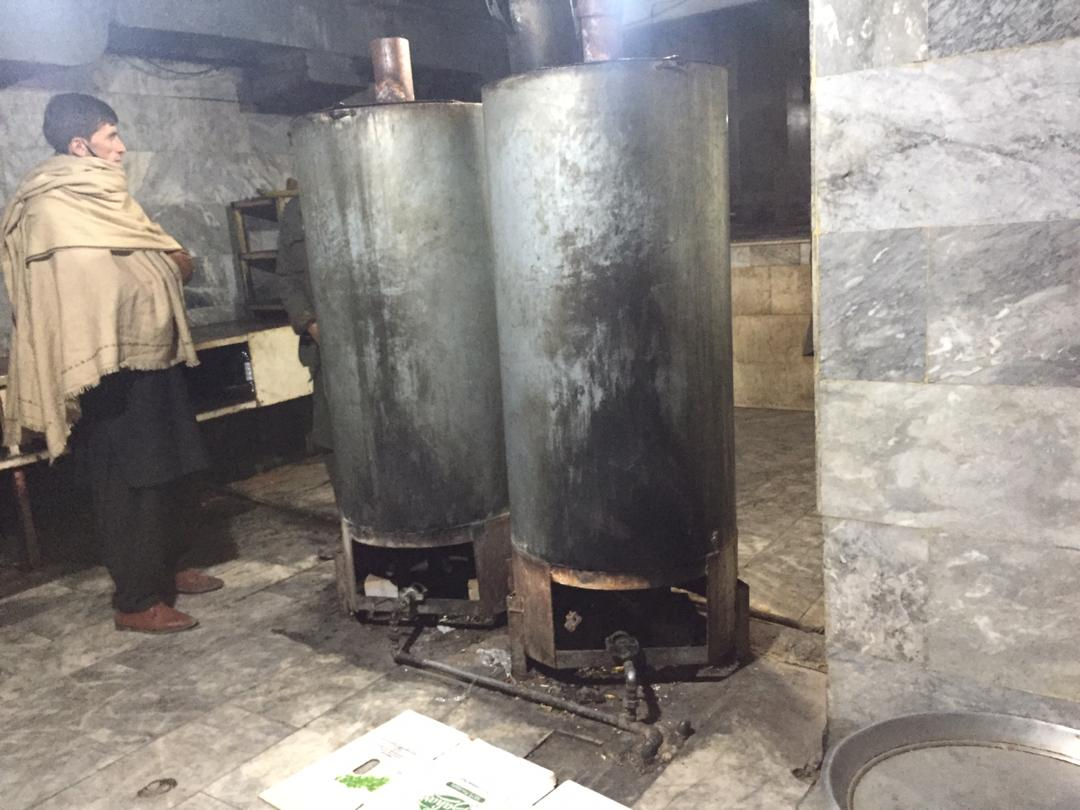 Positive to see the work being undertaken in #Afghanistan by @nepairoa to #BeatKabulAirPollution - the geography of the city means that it is particularly important to tackle the numerous sources of emissions, including domestic fuel use, brick kilns and these examples below.