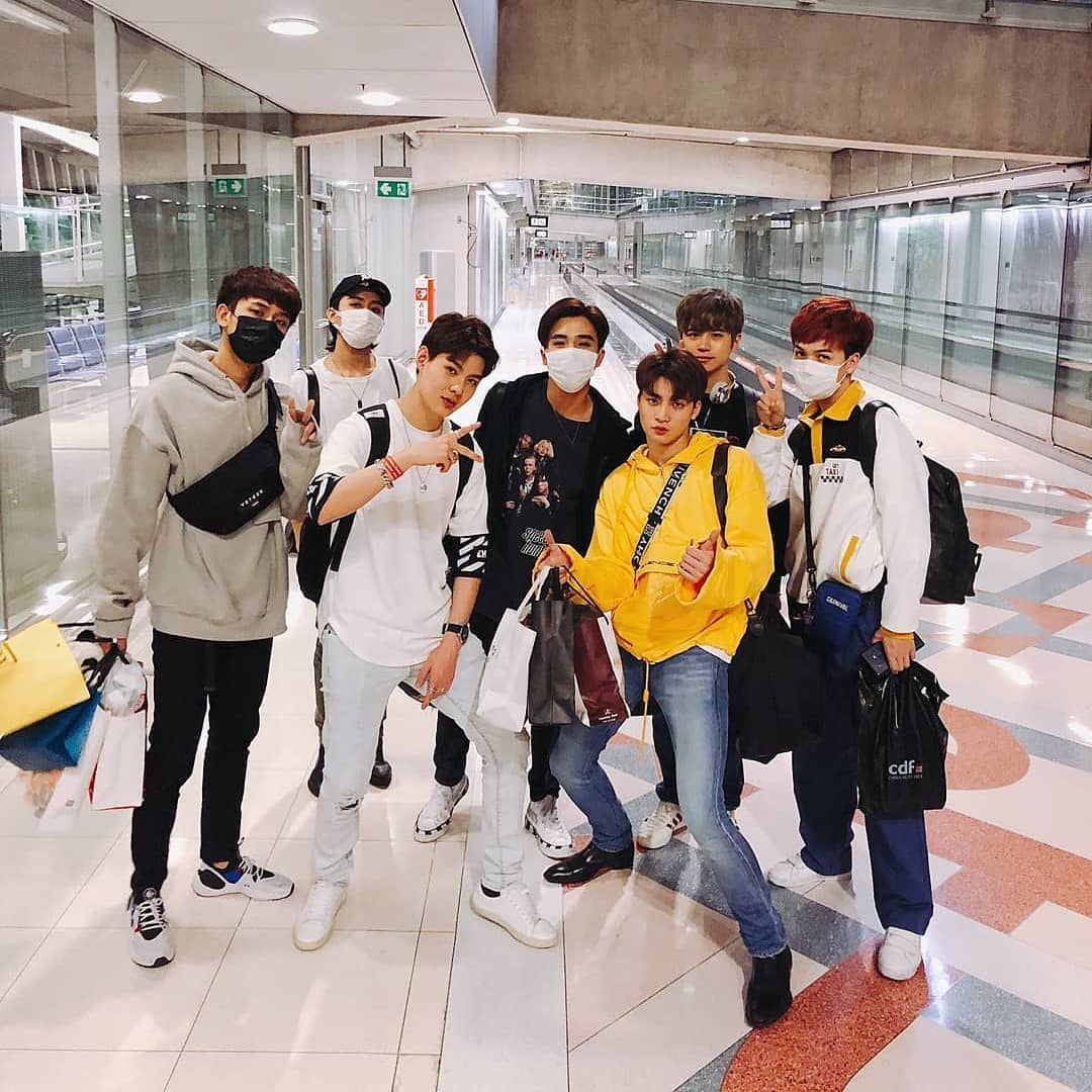 1 year   @perthppe @Saint_sup  @m34nismind @bplannnnn  @Mmarksiwat @little_grizelle  @titlekplee @cooheartt   Ctto<br>http://pic.twitter.com/bF4toHZEiP