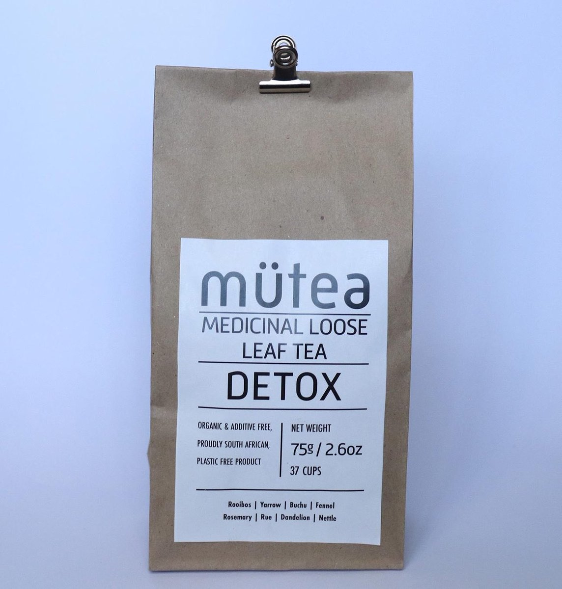 21 days into January how's your body goals looking???  Introducing Mutea Detox tea for your aid into achieving those goals  Don't miss out Happy shopping   https://www.localizedrsa.co.za/collections/food/products/detox-tea …  #ChooseDay #GirlTalkZA #TuesdayMotivationpic.twitter.com/6EQ9ecP5s6