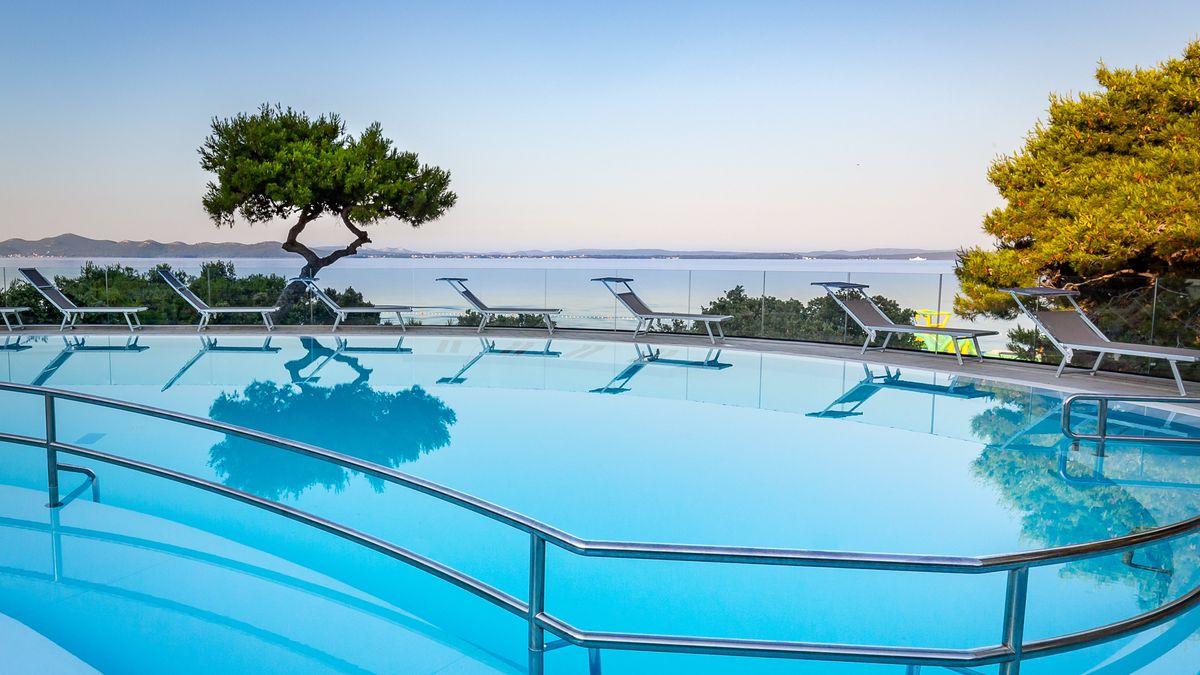 Stunning beachfront Croatia getaway: 4nts B&B from £198pp incl. flights & 4* hotel - solo from £255 http://dlvr.it/RNRytm pic.twitter.com/sPYsCLXJyQ #SME #WednesdayWisdom #ThursdayThoughts #FridayFeeling #SaturdayMorning #SundayMorning #MondayMotivation #TuesdayThoughts #SME #M…