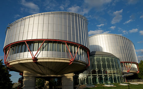 On this day in 1959, the European Court of #HumanRights was set up.  Since then, the court has issued over 20,000 judgments that have changed people's lives across the continent.   http:// j.mp/2Q2eXRc     <br>http://pic.twitter.com/3Kq9sru78O