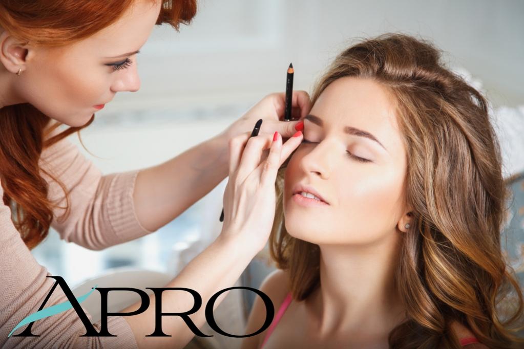 Impara a valorizzare il tuo viso, trova il make-up giorno, sera e cerimonia perfetto per i tuoi lineamenti. Porta il tuo beauty: ti insegneremo come truccarti al meglio con gli strumenti che usi ogni giorno. Ad Alba il 13 e 20 febbraio 2020, iscrizioni… http://bit.ly/2OATiRLpic.twitter.com/Zj6dCQE7Qk