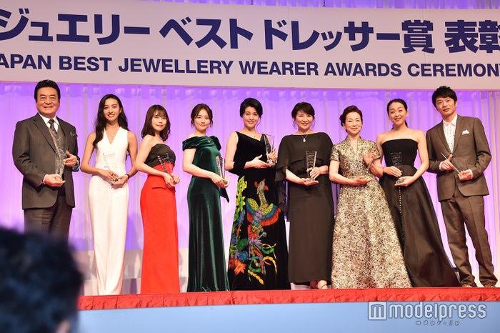 <写真特集>Koki,・有村架純・田中圭ら、ドレスアップで登場 「日本ジュエリーベストドレッサー賞」表彰式 - モデルプレス