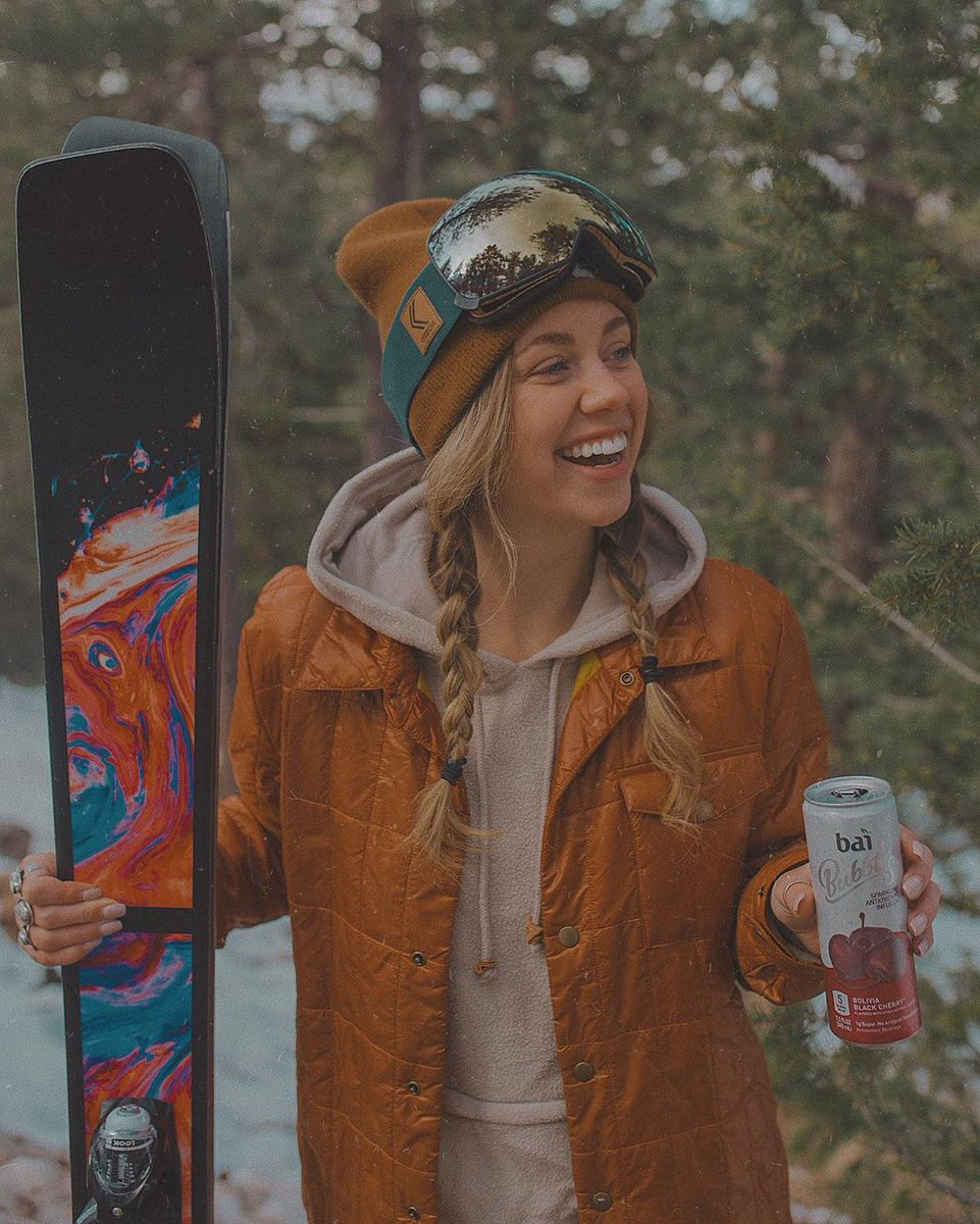 "Ski. Sip. Repeat. @courtneysteeves is giving ""flavor adventure"" new meaning. #FlavorLife #TravelTuesday"