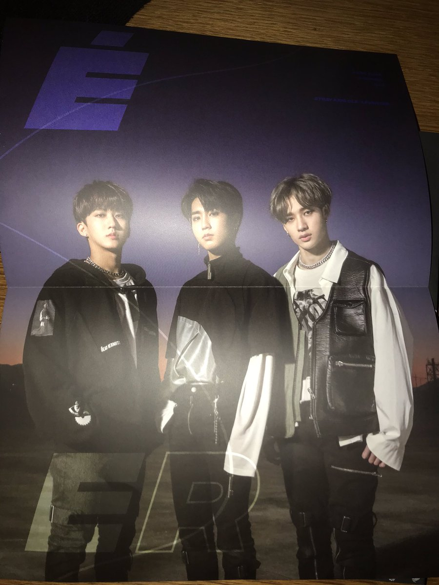 I'm selling my 3Racha poster bcs  I already have all unit posters :))  Send me if you want it!  Europe only!  9€ 💙 #straykidsunlock #straykids_levanter #StrayKidsTrade #StrayKidstrade #StrayKidsComeback
