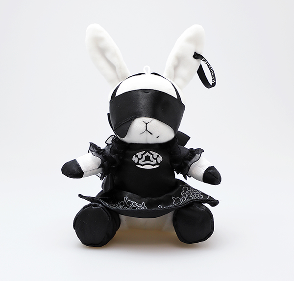 The Square Enix store will be releasing a special collaboration item with Kuroshitsuji and NieR:Automata, featuring a Phantomhive Bitter Rabbit plush keychain in the design of 2B and 9S! Release Date: April 2020 2B: http://bit.ly/36czKZl  9S: http://bit.ly/2GcmhWM pic.twitter.com/6DJk3yVsV4