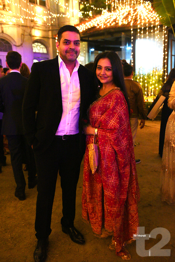 A star-studded album of a pre-wedding bash. Only t2 was there bit.ly/38p8WXl