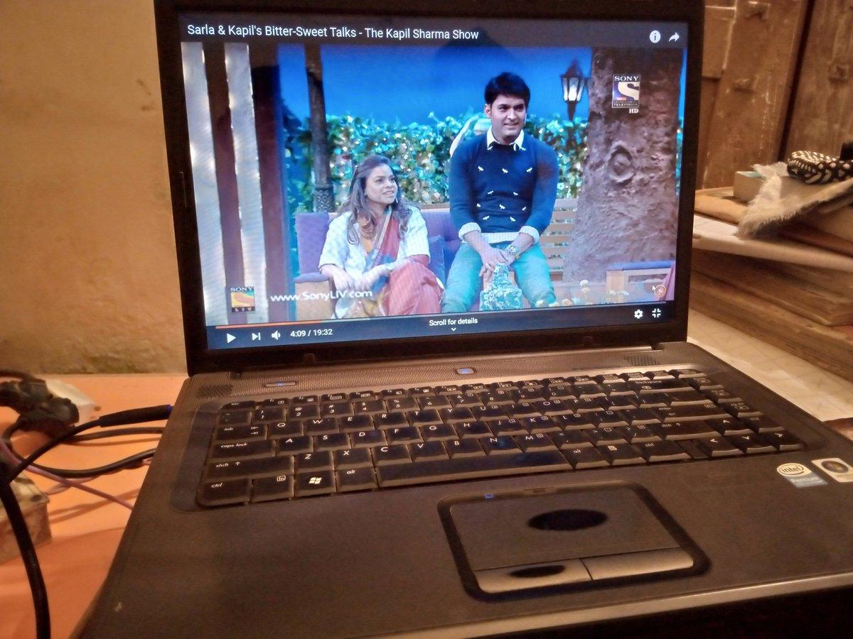 Watching @TheKapilSShow #TheKapilSharmaShow  old episodes full of laughters..  Love u @KapilSharmaK9 Sir..<br>http://pic.twitter.com/qlIcjDRoSf