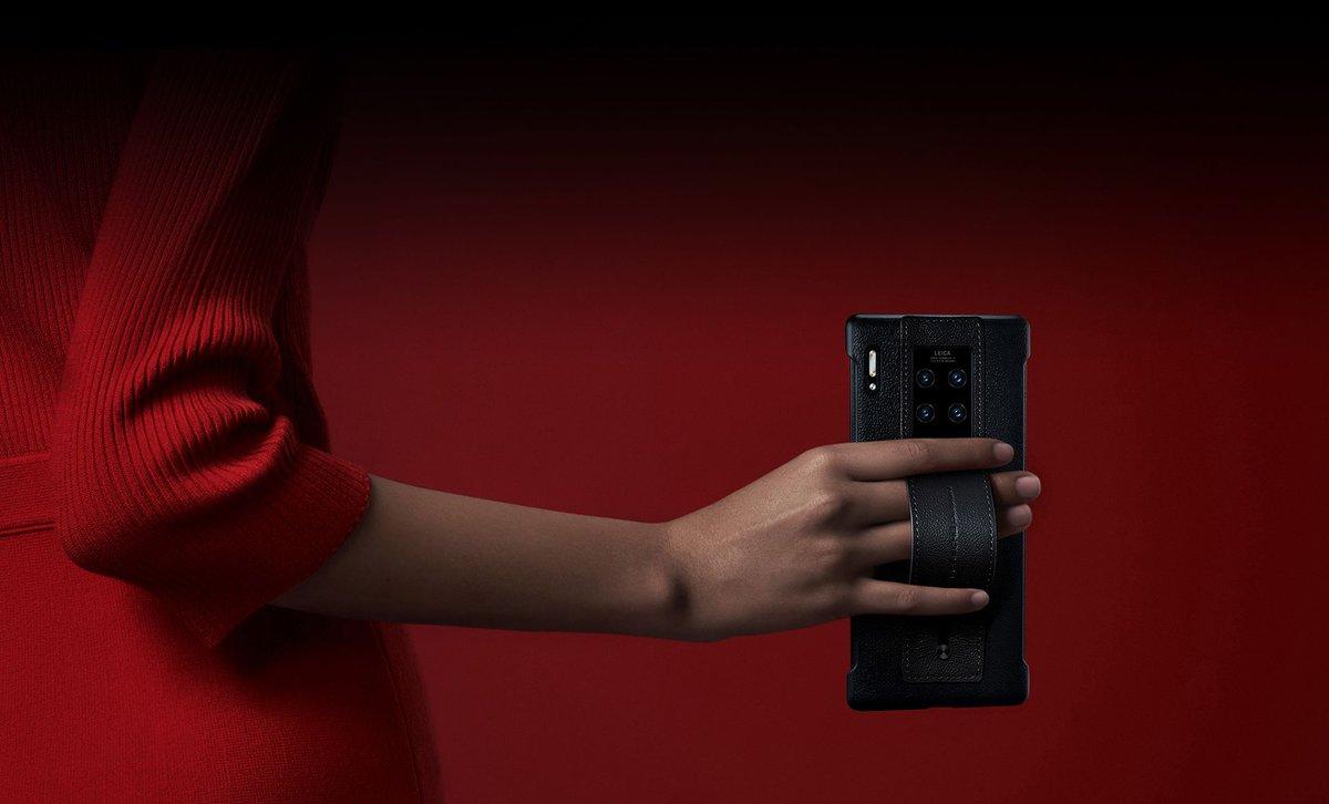 Porsche Design Huawei Mate 30 RS уже в продаже в нашем магазине! Это уже пятый телефон в линейке — изящный и в то же время роскошный, он верен тому же стилю, что и прошлый флагман #PorscheDesign #Huawei Mate 20 RS. https://buff.ly/2NM8Q44 #Mate30RSpic.twitter.com/uVAT9uiATc