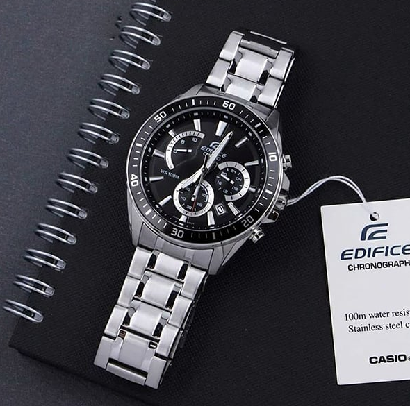 For the gentleman who prefer a timepiece with a more sophisticated look, we have the Casio Edifice Range! #CasioEdifice  EFR-552D-1A   One-touch 3-fold Clasp  Stainless Steel Band  Screw Lock Back  100-meter water resistance  1-second stopwatch  Date display pic.twitter.com/QuTDUeNILd