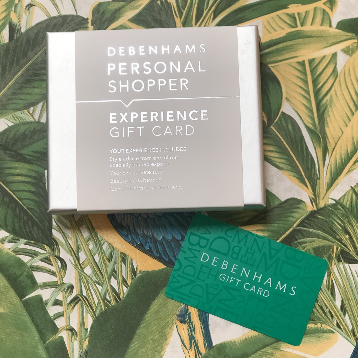 #FreebieFriday #Win a £60 @Debenhams voucher and a Personal Shopper experience to help you find your perfect outfit! Follow us, like & RT to enter, ends 8am 27/01/20. You can also enter on Facebook & Instagram. <br>http://pic.twitter.com/xCnIzKSkyg