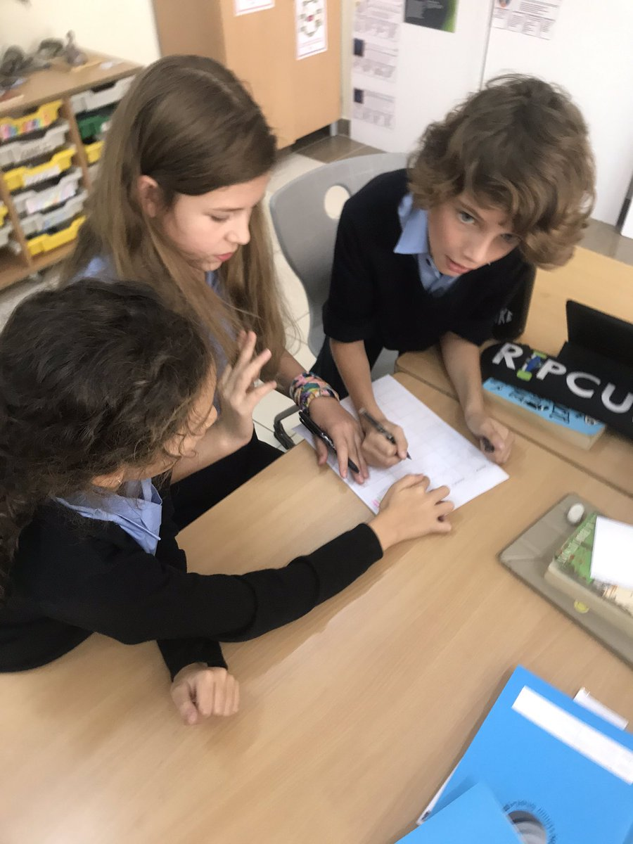 We've been exploring the role of communication and collaboration in getting out of the #learningpit   Biggest lesson is that communication is as much about listening as speaking!  @JamesNottinghmpic.twitter.com/Nd6QJxFDhT