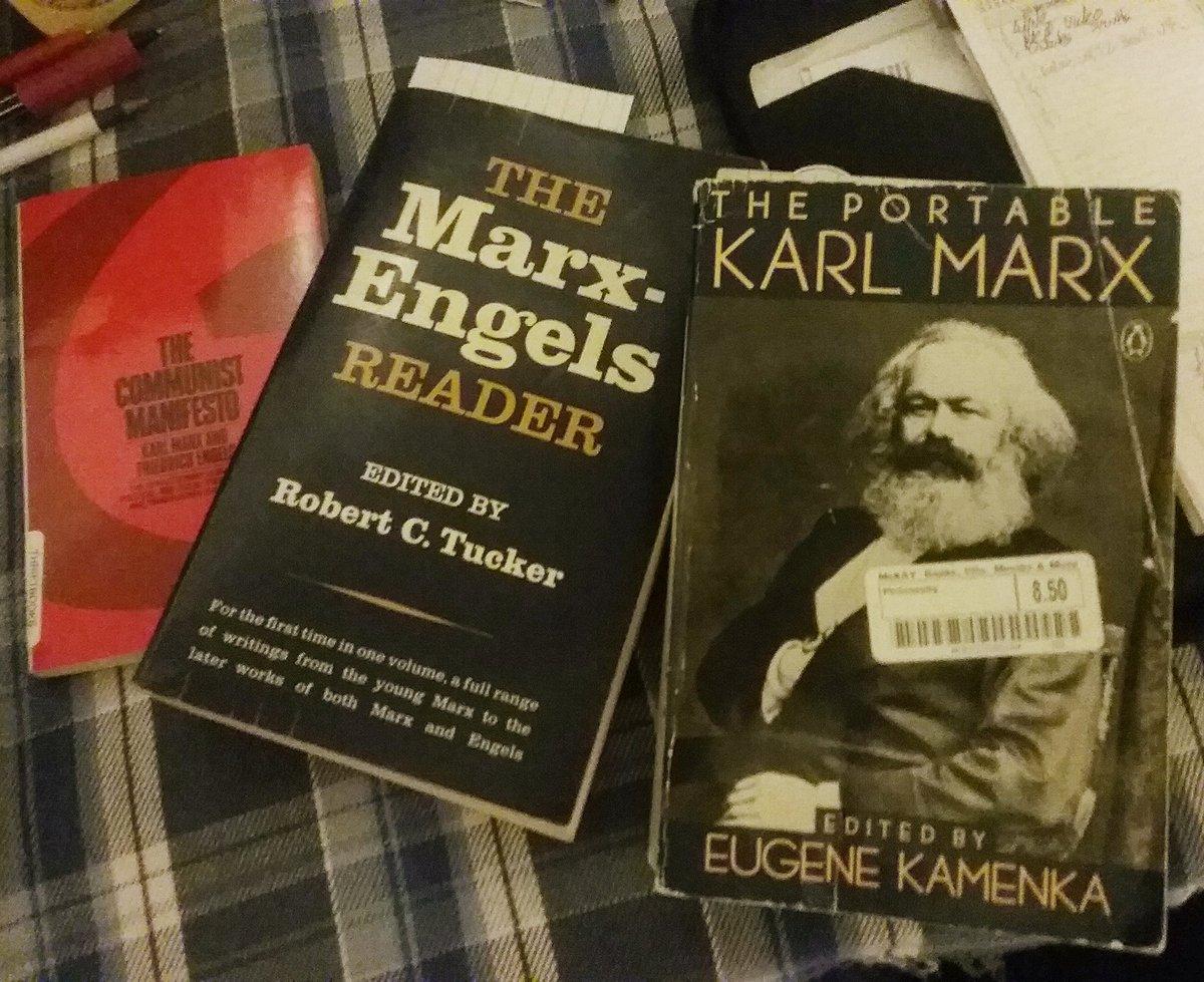 Time to brush up on Marx. . #socialism #socialist #socialistmemes #marx #marxism #StateOfTheUnionpic.twitter.com/kBSJYxpEpZ