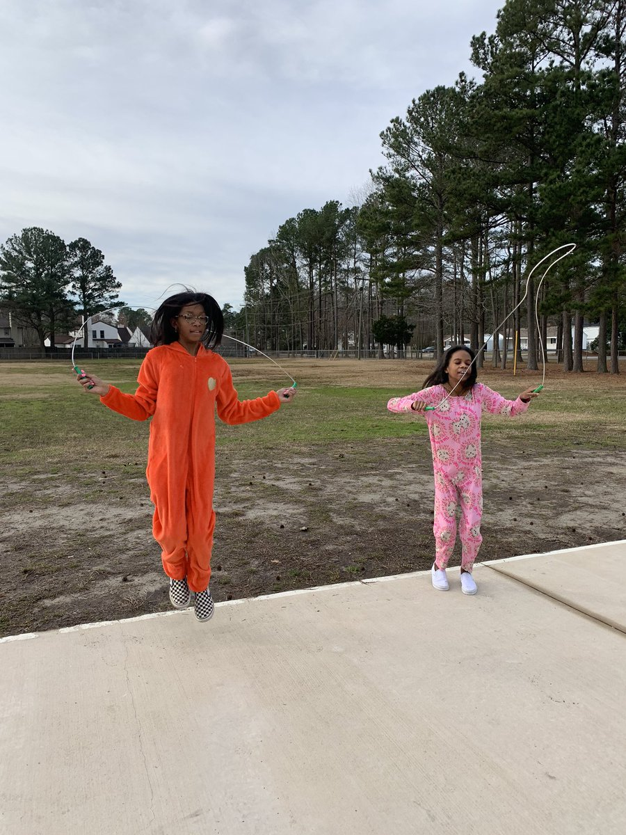 Jumping in our Jammies yesterday! @SalemShuffle @SalemESVB