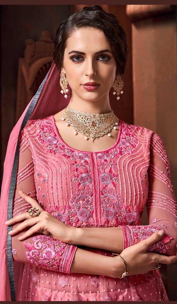 Buy Latest Designer Anarkali Style Salwar Kameez Online Shop at https://www.heenastyle.com/salwar  Follow @Heenastyle  #salwarkameez #dresses #anarkalisuit #womensuit #partydress #designers #suit #netdress #indiasalwarkameez #onlineshopping #HeenaStylepic.twitter.com/ZDQVqczI00