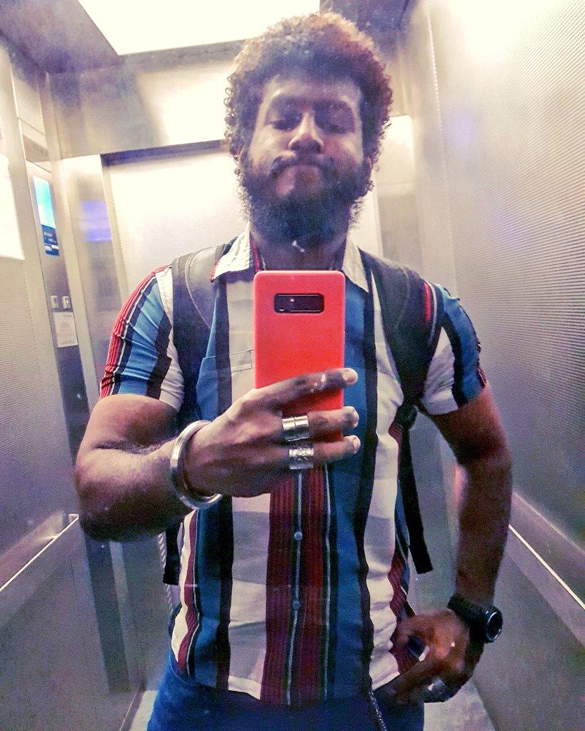 #bearded #beardedmen #beardedman #beardedbear #beardedlifestyle #beardeddad #beardedindian #indianbeardedmen #southindian #sinhalese #srilankan #malaysianindian #alaghaporanthathuentappa #sado #abamsado #abangsado #abgsado #afrohairstyle #afrohair #afrohairstyles #afropic.twitter.com/XPJ1CerP7P