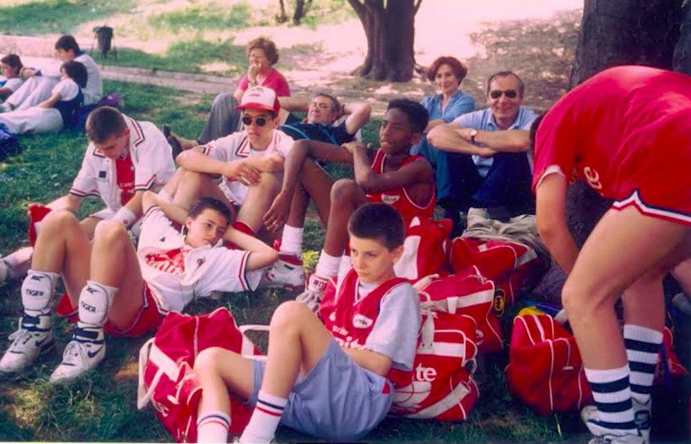 @JohnnyNBA Here's Kobe and his first basketball team in Italy.