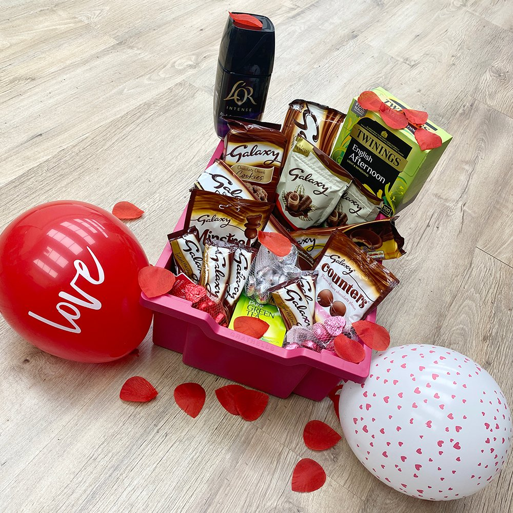 With #ValentinesDay  just around the corner, were offering one lucky winner the chance to share the love in their staffroom with this #GratnellsTeaTray  ❤