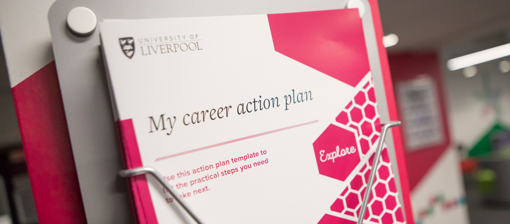 Have you got a career plan? If you're not sure what you want to do, or have an idea but are not sure where to start with planning your graduate career, then we are here to help: bit.ly/2S5onjL #CareerPlan #LivUni2020