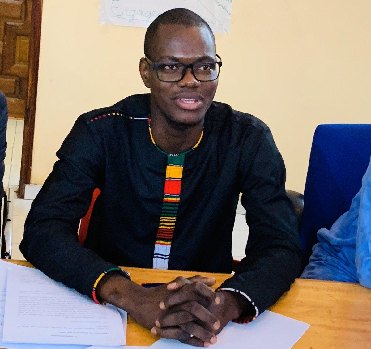 A l'issue de l'Assemblée Générale élective de l'Association des Blogueurs du Mali, j'ai été élu Président pour un mandat de 2 ans, à la tête d'un bureau de 11 membres. Je tiens à remercier l'ensemble des membres de l'#ABM pour la confiance. 1/6#FuturPR #MAK