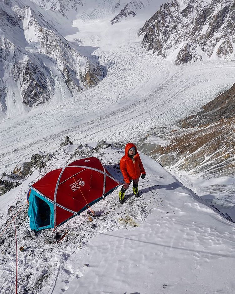 #BroadPeak & #K2 winter expedition 2020:   Denis Urubko, Don Bowie and Lotta Hintsa are back, safe and sound, at Base Camp.  https://t.co/nz4RKi8Zsq  #BPK2winter #K2 #winterexpedition #DenisUrubko https://t.co/PLyh7MRk3P