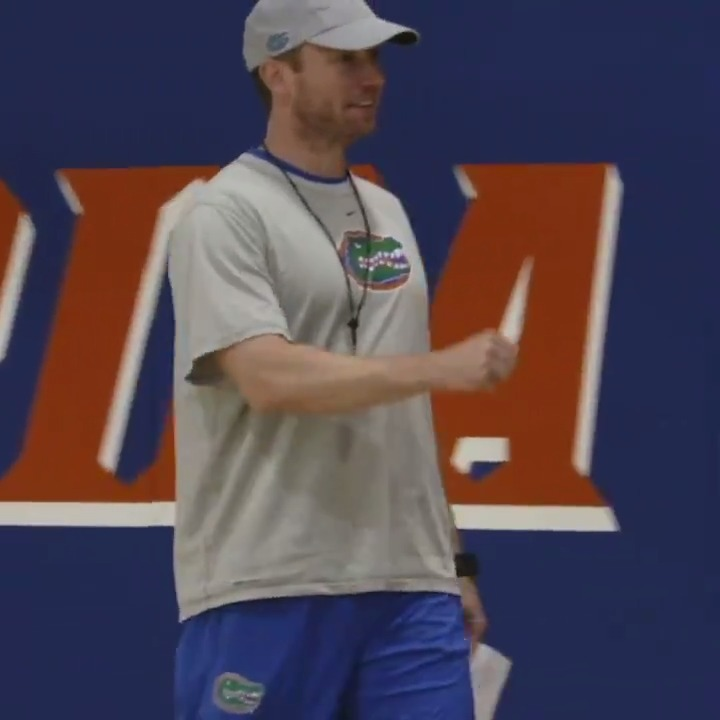🔊 Micd Up 🔊 Take a look inside @GatorsMBK practice with Coach White presented by Jersey Mikes. #GoGators