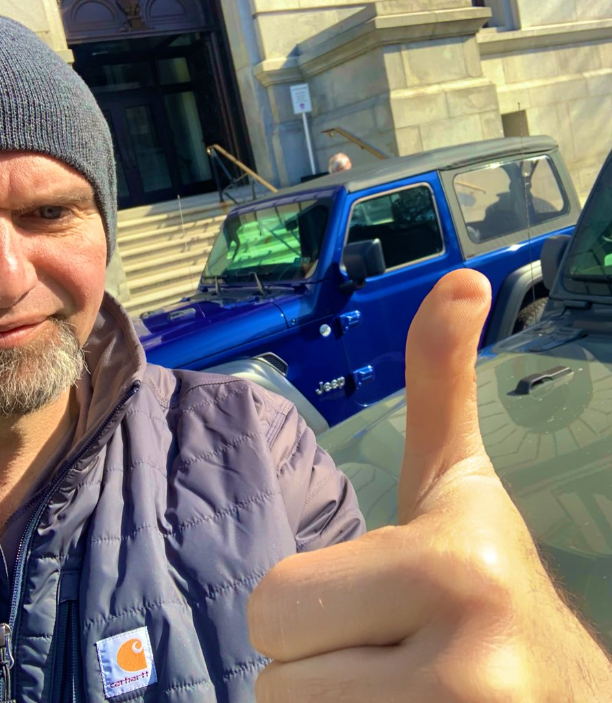 TFW you and your pal @GovernorTomWolf *both* drive the Jeep to work. 🥰🥰