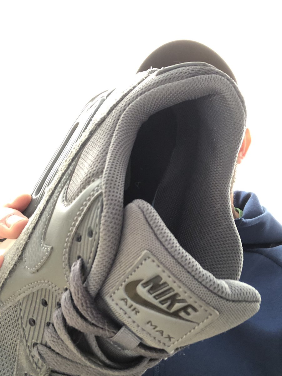 Get on the floor and on your back sub.  I'm going to smother you with these sweaty fuckers, and hear you gasp and inhale that #fagnip #alphamale scent.  After a heavy workout these are pretty warm and will make your #cashcunt #fagwallet gush tributes for me.  I deserve it https://t.co/KD8IHcIOhq