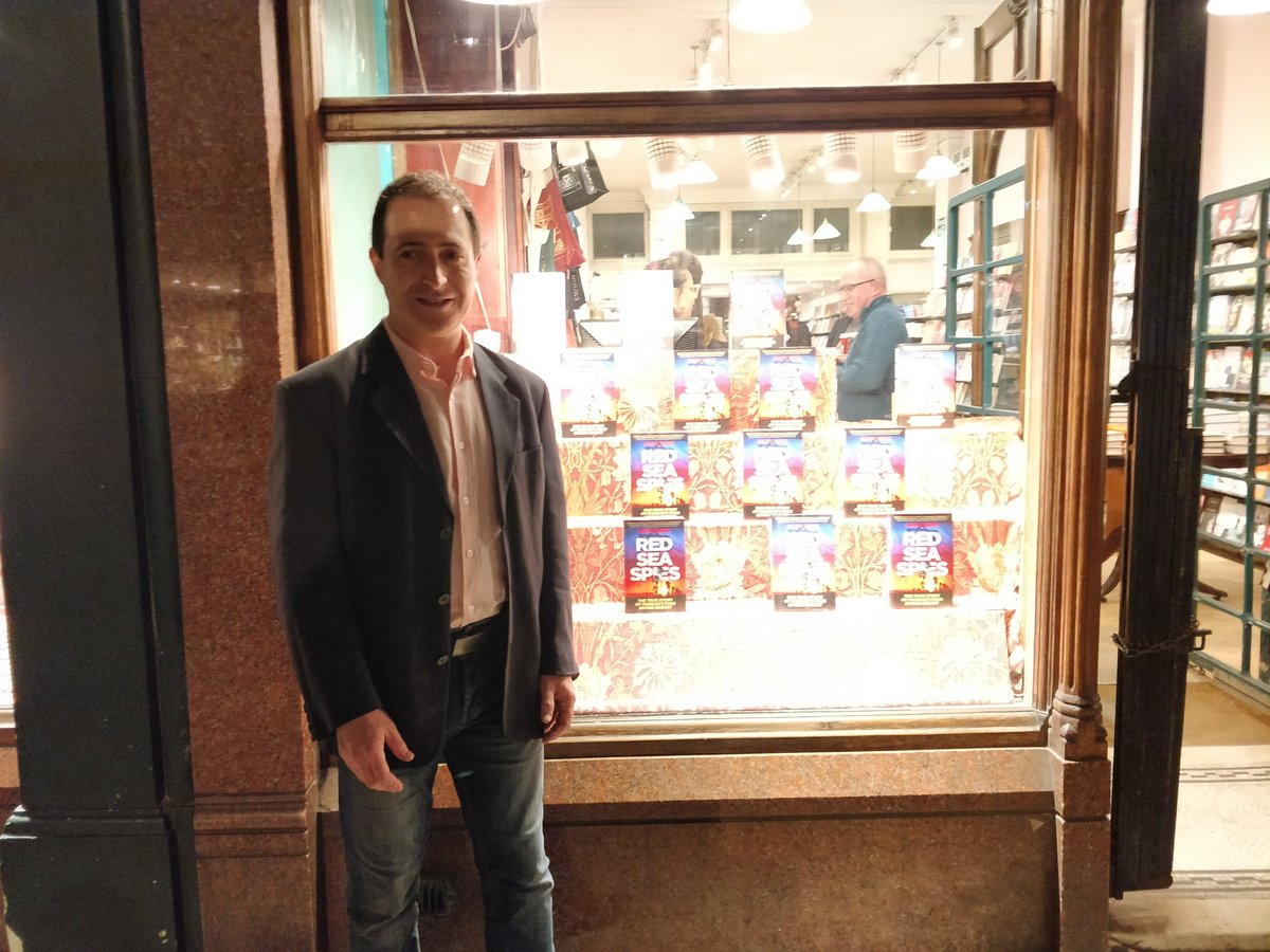 Thank you @iconbooks for a fantastic launch of @raffiberg's #RedSeaSpies yesterday evening @Dauntbooks