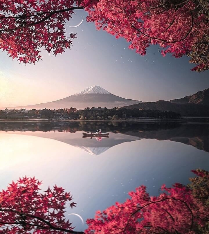 How can one place be so utterly magical? #japan I WILL visit you one day and I will find this view and I'll  never want to leave.  #visitjapan #japan_photo #travelphotography #okkawaii #stunning_shots #kawaiiaesthetic #kawaiistuff #kawaiioftheday #kawaiistyle #kawaiipic.twitter.com/NpxG0CWFWG