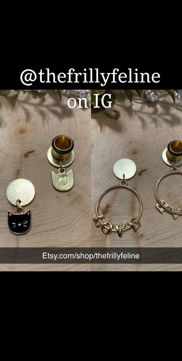 http://Etsy.com/shop/thefrillyfeline… #gauges #eargauges #gauge #gaugedears #girlswithgauges #earpiercings #earpiercing #earrings #plugs #plugearrings #dangleplugs #stretchedears #alternative #alternativegirls #piercings #girlswithpiercings #girlswithtattoos #jewelrypic.twitter.com/FHAlQeVenO