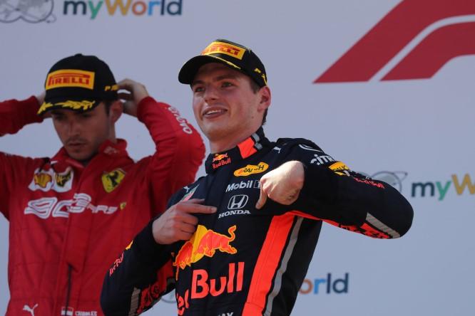 """Max #Verstappen a evento #redbullracing: """"#Hamilton non è Dio: posso batterlo"""" https://tinyurl.com/s3qmlaw #F1"""