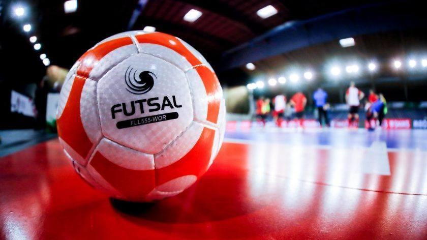 Semana decisiva na Copa Branco de Futsal  #copa, #Troféu, #branco, #Futsal, #odontoclin  Confira a matéria completa em nosso site pelo link abaixo: https://www.correiodeminas.com.br/site/semana-decisiva-na-copa-branco-de-futsal/…pic.twitter.com/APvwXhlyEV