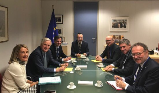 Good exchange of views with @JanJambon on #Brexit & its challenges for Flemish businesses. We want a broad & deep partnership with #UK, with respect for EU principles and in the interest of our economy and citizens.