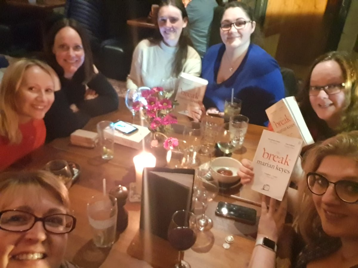 This month's wee #bigscottishbookclub discussing @MarianKeyes The Break 📗📚👀🙌🏻 @IWC_Media https://t.co/yQ4kBHPSkT