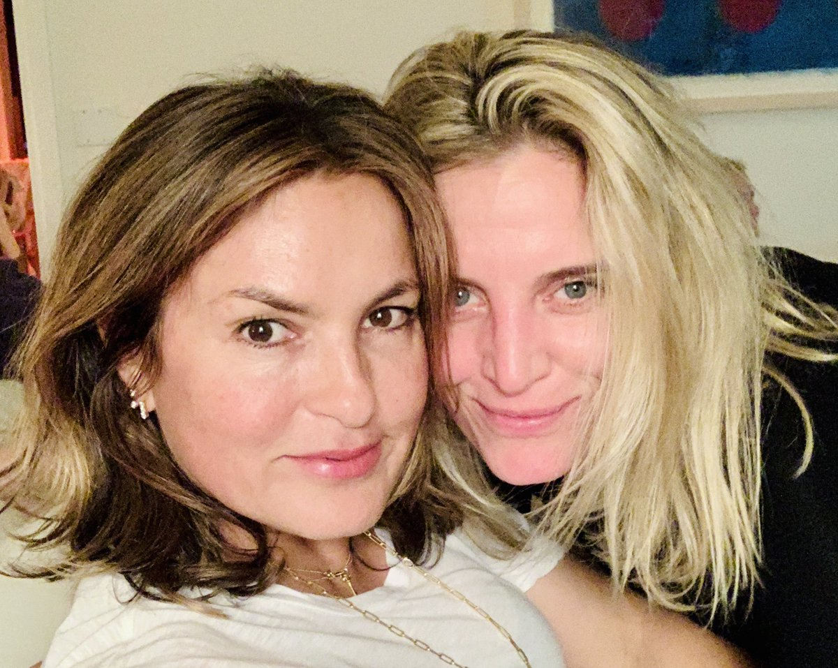 Happy birthday friend.  ⁦@Mariska⁩<br>http://pic.twitter.com/Y9IKE3RBGg