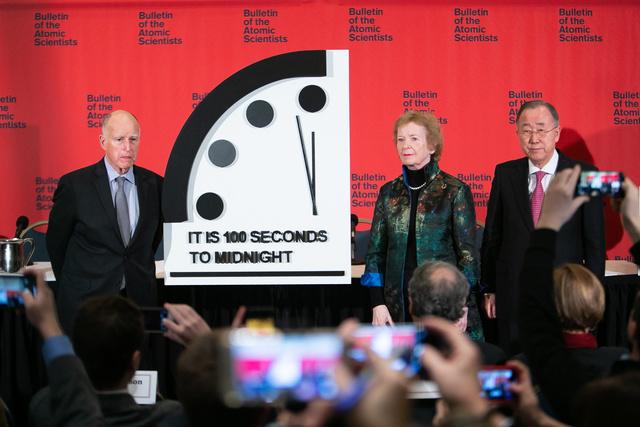 【地球滅亡までの時間】終末時計、米科学者ら「残り100秒」公表した1947年以降で史上最短に。核戦争と温暖化の二つの脅威に加え、世界の指導者が脅威への取り組みを弱めているとした。