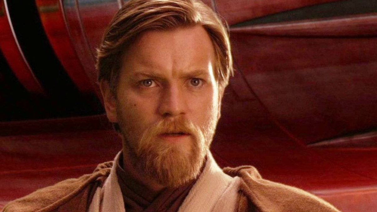 The Disney+ 'OBI WAN KENOBI' series is reportedly being rewritten due to the original story retreading very similar ground as 'THE MANDALORIAN'. Lucasfilm are seeking for a new writer and potentially reducing the episode count to 4. (Source:  https://www. hollywoodreporter.com/amp/heat-visio n/obi-wan-kenobi-series-hold-as-calls-goes-new-scripts-1272499?utm_source=Sailthru&utm_medium=email&utm_campaign=THR%20Breaking%20News_now_2020-01-23%2016%3A26%3A39_ehayden&utm_term=hollywoodreporter_breakingnews&__twitter_impression=true  … )<br>http://pic.twitter.com/khjpgRG89C