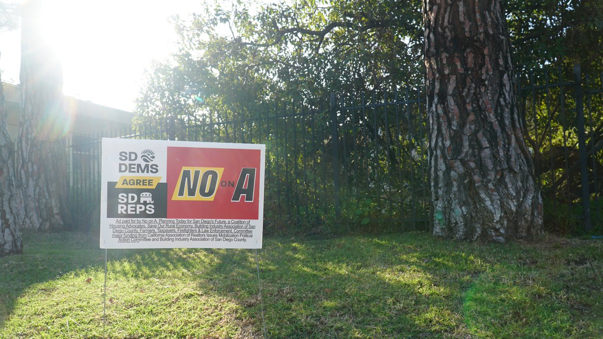 JUST IN!  #NoOnA yard signs have arrived!   Please send an email to yardsign@noonsos.org to reserve yours today!<br>http://pic.twitter.com/MFZpGBurP8