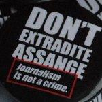 Badges, badges, badges. #FreeAssange #DontExtraditeAssange  Non-profit. Delivery to UK and Europe. https://t.co/kuM3Wk5tRo