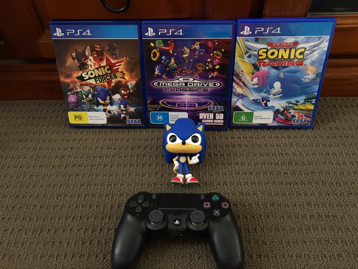 I don't have a favourite @PlayStation character but I'm showing everyone at @PlayStationAU my favourite character who appears on #PlayStation - @sonic_hedgehog   It's for #PlayStation's #HowIPlayStation involving favourite characters #MySegaGames #ForThePlayers #Segapic.twitter.com/AZCodglhvR