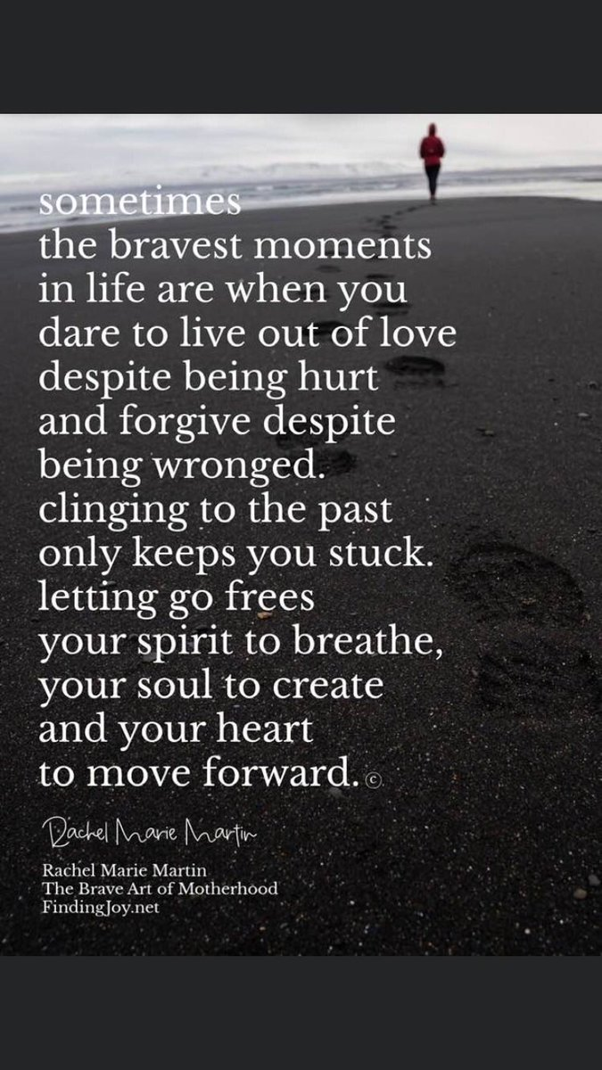 🎊🎉✨🎶Wishing everyone a fabulous day & an awesome weekend ahead 🎶🎊🎉✨🎶 Sometimes the bravest moments in life are when u dare to live despite being hurt & forgive despite being wronged..... #FridayThoughts #TwitterFriends #GoldenHearts #quoteoftheday #quote #FridayFeeling