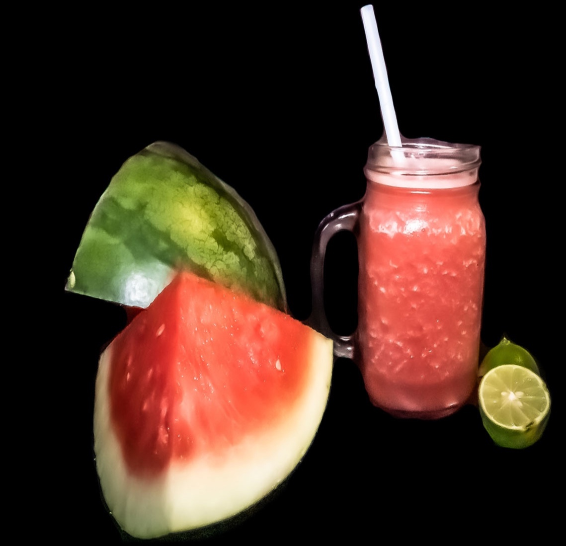 When it's sooo... hot and you really want to drink something long and tasty this is it... Cool Rain... oh yes.... watermelon, lime a touch of salt and a few drops of sugar cane water. Cold & yummy. #amritasmoothiebar  #tagafriend who would like this. <br>http://pic.twitter.com/eHWqgO8oQ5