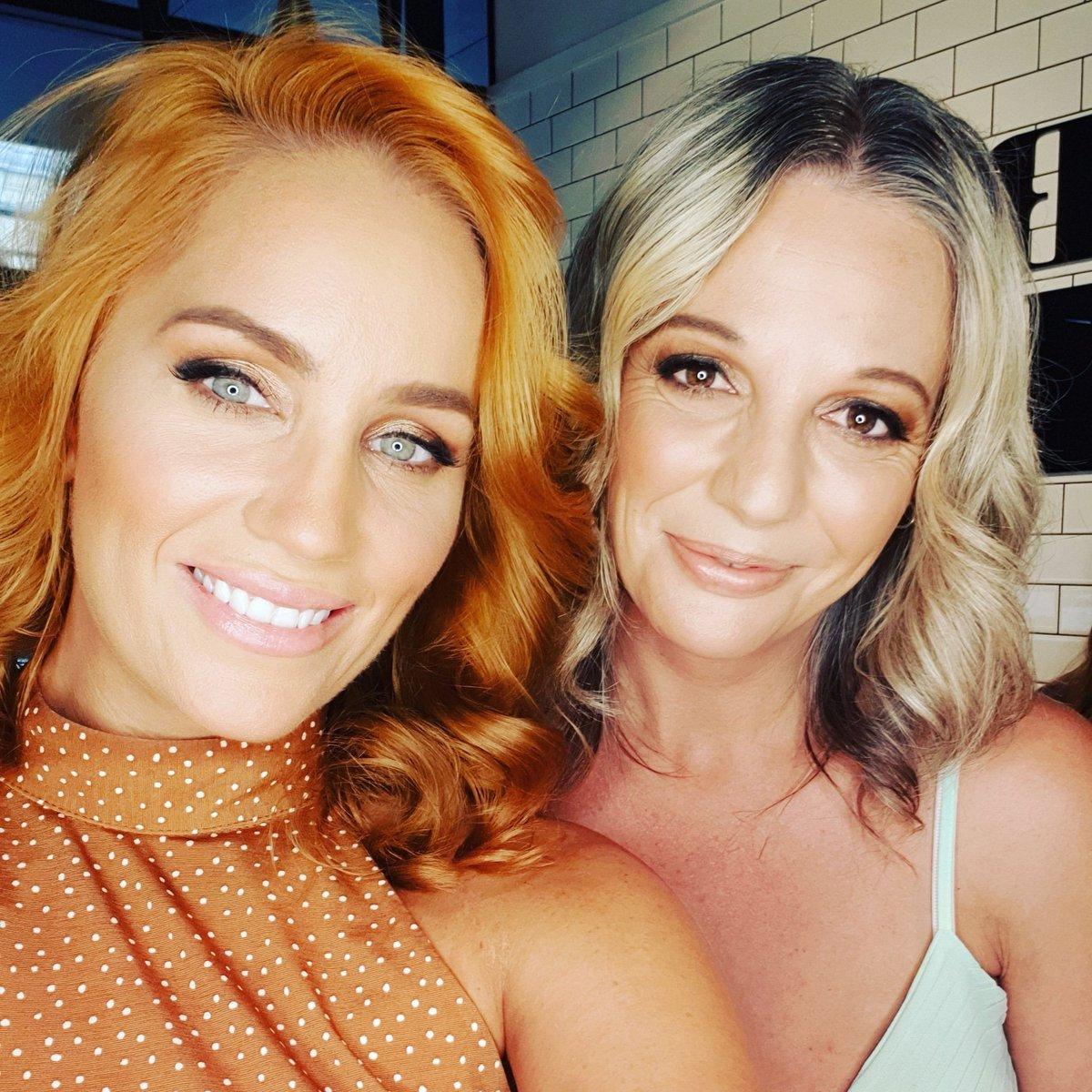 Had the most amazing weekend in Sydney with WW ambassador Jules  . . #sydney #ProudEmployee  #WWAmbassadorAUNZ  #womanempoweringwoman #shapewearpic.twitter.com/QSU4rrGOx1