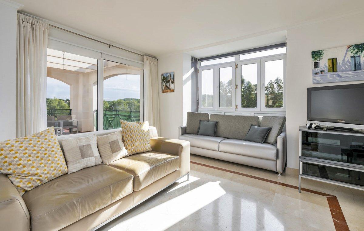 - Wir bringen Sie auf die Insel.  Appartement in einer gepflegten Anlage am Golfplatz in Santa Ponsa.  Preis :  285.000,-- Euro  http://ow.ly/uxEA50y3tN8  #Mallorca #santaponsa #golf #PURMallorca #appartement #baleares #mallorcalove #decorationinterieur #propertyforsalepic.twitter.com/AxTADp2sp3