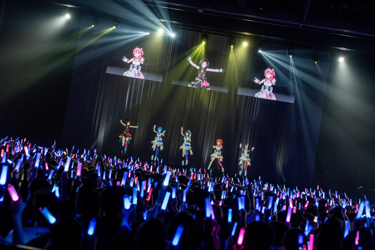 【 ただいま公演中!】アイドル衣装で登場です💕🎵 Dream☆Story(そら・みこ・すいせい・AZKi)🎵 夢見る空へ(1期生)🎵 五等分の気持ち(2期生)🔽ネットチケットはこちらから🔽 Photo By Ayo Kajino @ayokajino #とまらないホロライブ