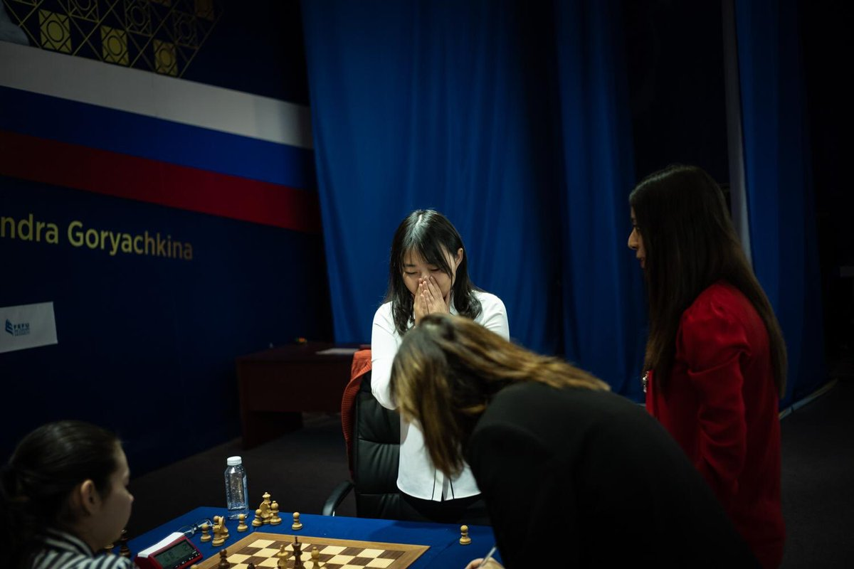 test Twitter Media - The joy of victory, the agony of defeat...   📸: @MishaFriedman #WomenChessMatch https://t.co/f6ihCg7Nx3