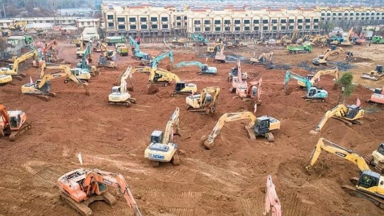 "..china is building a 1,000 bed hospital, in six days!!  Read this and let it ""sink in"" for a few minutes !!"